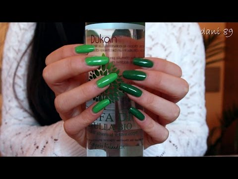 ASMR: 💟 Tapping on glass bottle ...with green nail polish