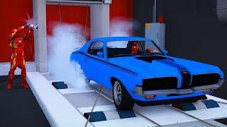 Örümcek Adam ile Batman'ın Klasik Arabalar Garajını Geziyoruz