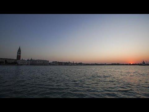 شاهد: مدينة البندقية الإيطالية فارغة خلال ساعات الفجر الأولى …  - نشر قبل 5 ساعة