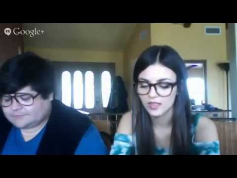 Victoria Justice   Live Chat 03-05-2014