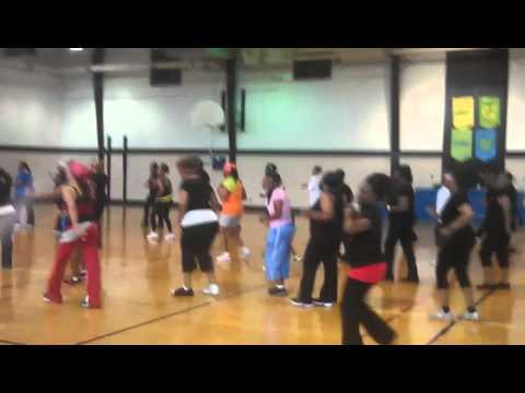 black women do workouthouston texas cardio line dance