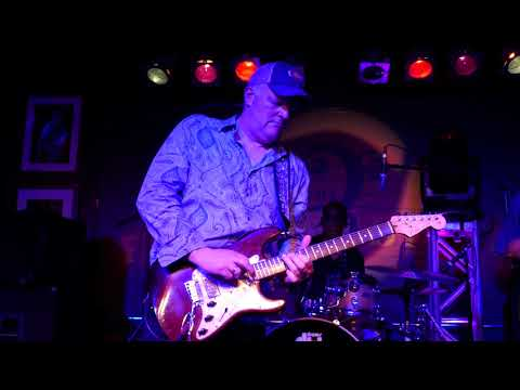 Albert Cummings 2018 04 28 Boca Raton, Florida - The Funky Biscuit - SET 2