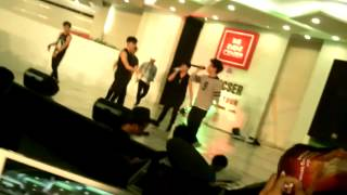 Video Chicser Mall show Nov.7 @SM city Baliwag download MP3, 3GP, MP4, WEBM, AVI, FLV Desember 2017