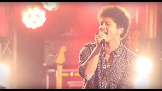 Bruno Mars Locked Out Of Heaven Live In Paris