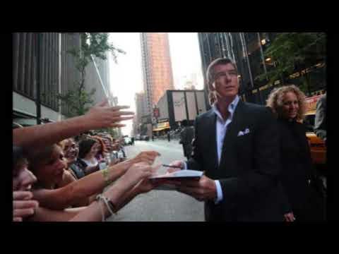 Pierce Brosnan -Paparazzi