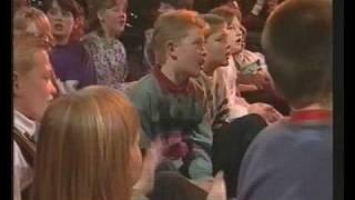 001 - Povl Kjøller - Skovsangen (Vil du med en tur i skoven).avi