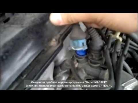 Меняем датчик температуры охлаждающей жидкости на Facet Audi a4 b5 1,6l 2015г