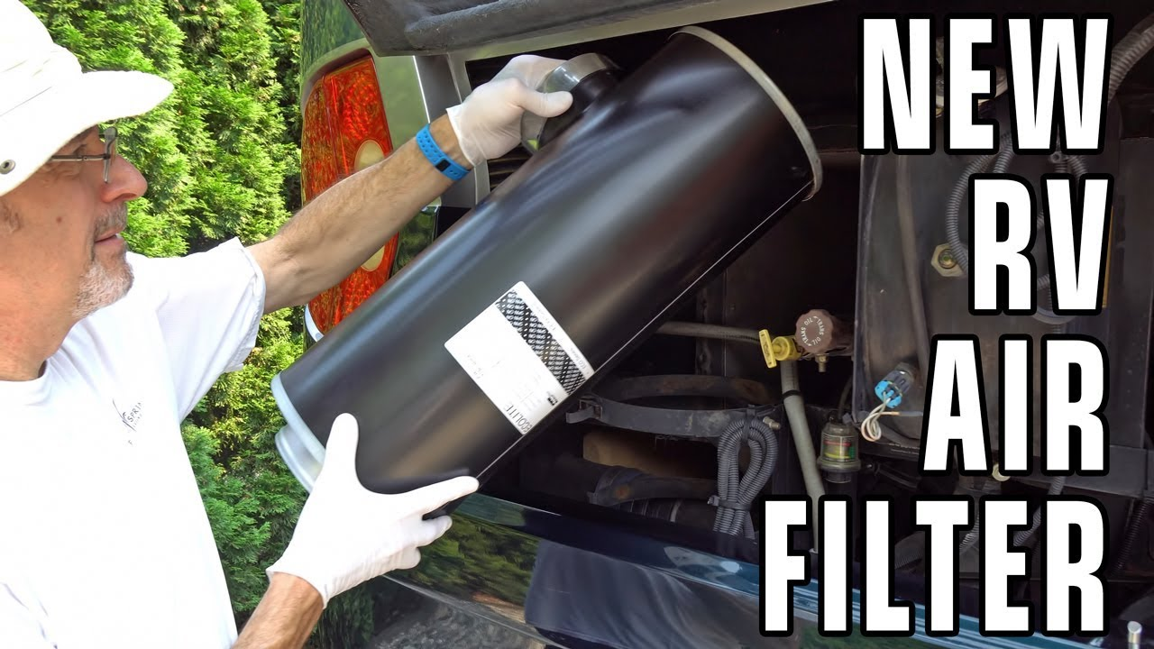 Replacing engine air cleaner, Freightliner chassis   dealers