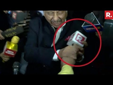 SHOCKING: Mani Shankar Aiyar Assaults Republic TV Reporter - Full Footage