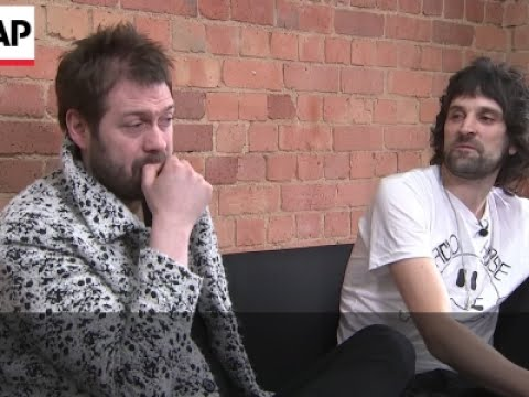 Kasabian pick best male vocalist of all time Mp3