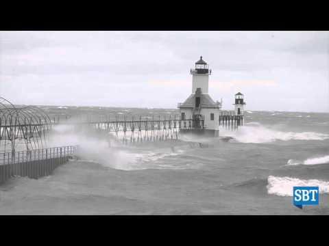 Raw Video: Big waves in Saint Joseph