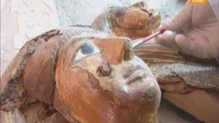 Археологи обнаружили 3 тысячелетние мумии и статую фараона Рамзеса II