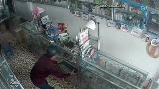 CLIP SOCK Ăn Trộm Bị Camera IP ghi lại cận cảnh