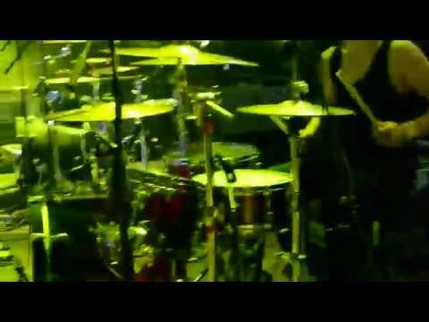 Golden Rivet    Bruno Lawrence    Blink 182-First Date (Studentu Paradīze)