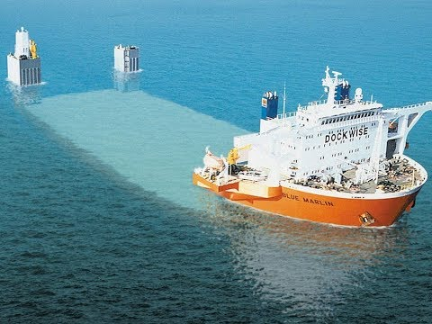 This Heavy Lift Ship Is One Of The Most Incredible Machines I've Ever Seen