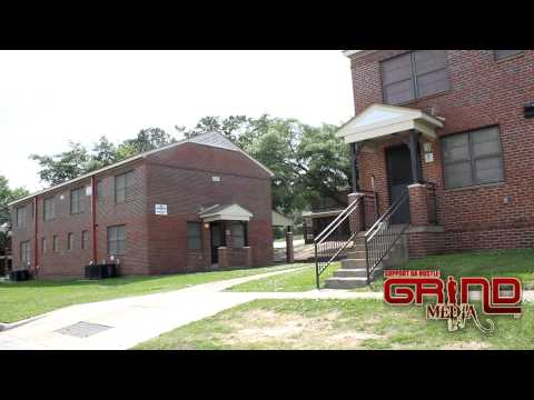 Jay Grind visit the apt born in...Wilson Projects in Columbus, GA