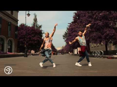 Ricky Martin   La Mordidita Official Choreography ft  Yotuel   ZUMBA