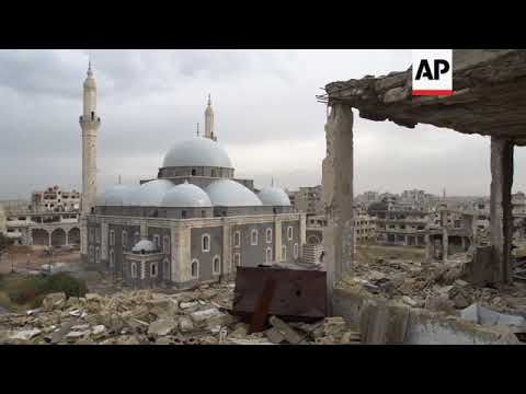 Homs residents begin reconstruction work