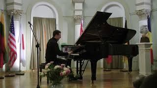 Paweł Wojciechowski - F.Chopin Etude in C major, op.10, no.1