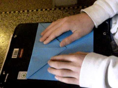 comment faire un avion en papier qui vole très bien - youtube