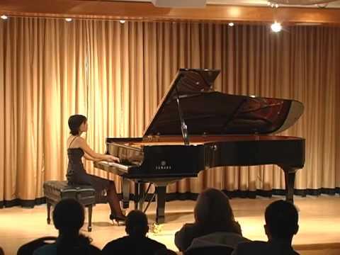 Stephanie Shih-yu Cheng plays Debussy La Puerta del Vino
