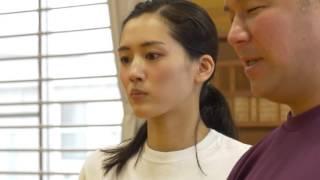 パナソニックのビューティフルジャパンで綾瀬はるかさんが山梨を訪問。 ...