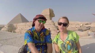 LIP SYNC TRAVEL BATTLE - Walk Like an Egyptian