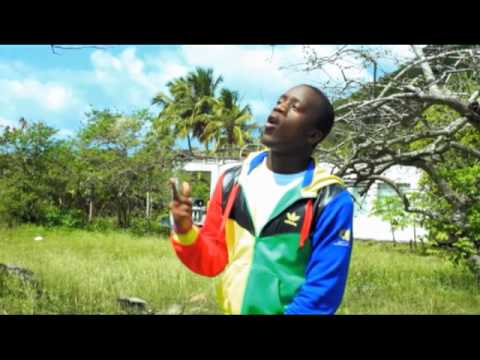 Mix - Solo [Official Music Video] - Iyaz