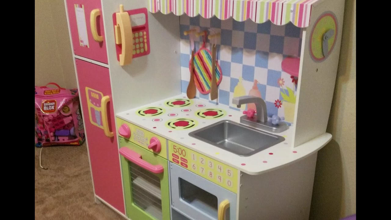 Princess Kitchen Play Set Grandma S Gift To Anabelle Youtube