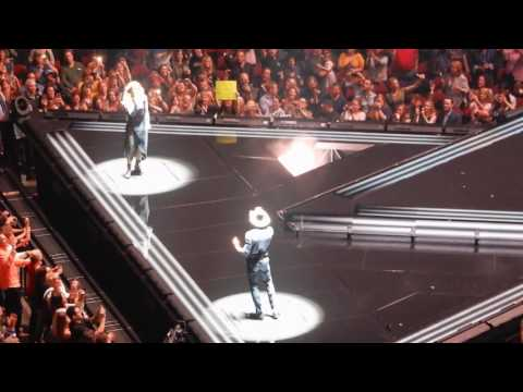 Tim McGraw/Faith Hill at Prudential Center, NJ - 5/4/17