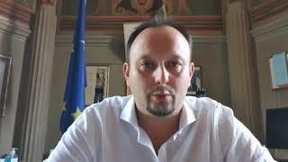 Il Sindaco Paolo Omoboni saluta gli studenti