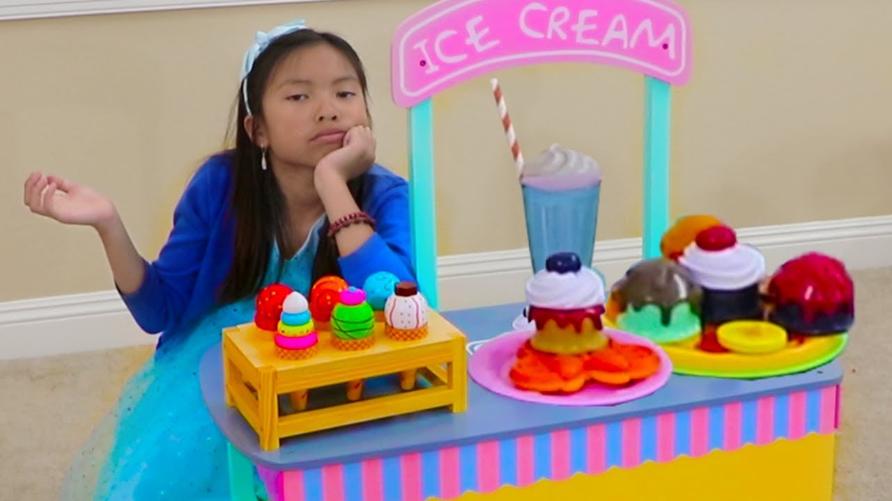 Wendy Pretend Play Selling WOODEN Ice Cream at Her Toy Cart Store