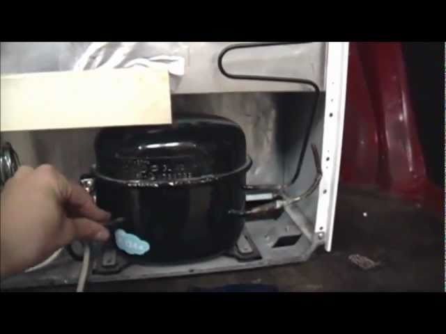 Bosch Kühlschrank Tür Quietscht : Bosch kühlschrank ktl n sarah evans