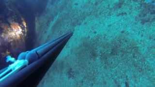 Подводная охота Черногория 2015. Куда не надо лесть с буем.