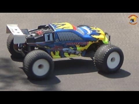 Машина на Р/У Монстр Pilotage X1 CRT Truggy