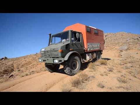 Unimogging to Morocco - Kamillo Unimog travel in the desert