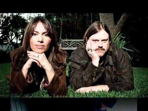 Matthew Sweet and Susanna Hoffs - And your bird can sing (2006)