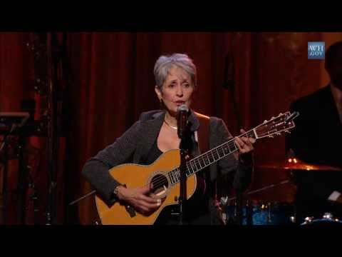 """Joan Baez Performs """"We Shall Overcome""""   In Performance at the White House"""