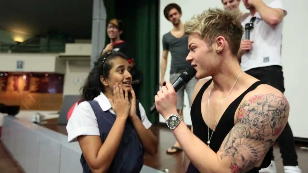 Lawson Visits Singapore Raffles Girls School Hot Fms Hot Breakfast Youtube
