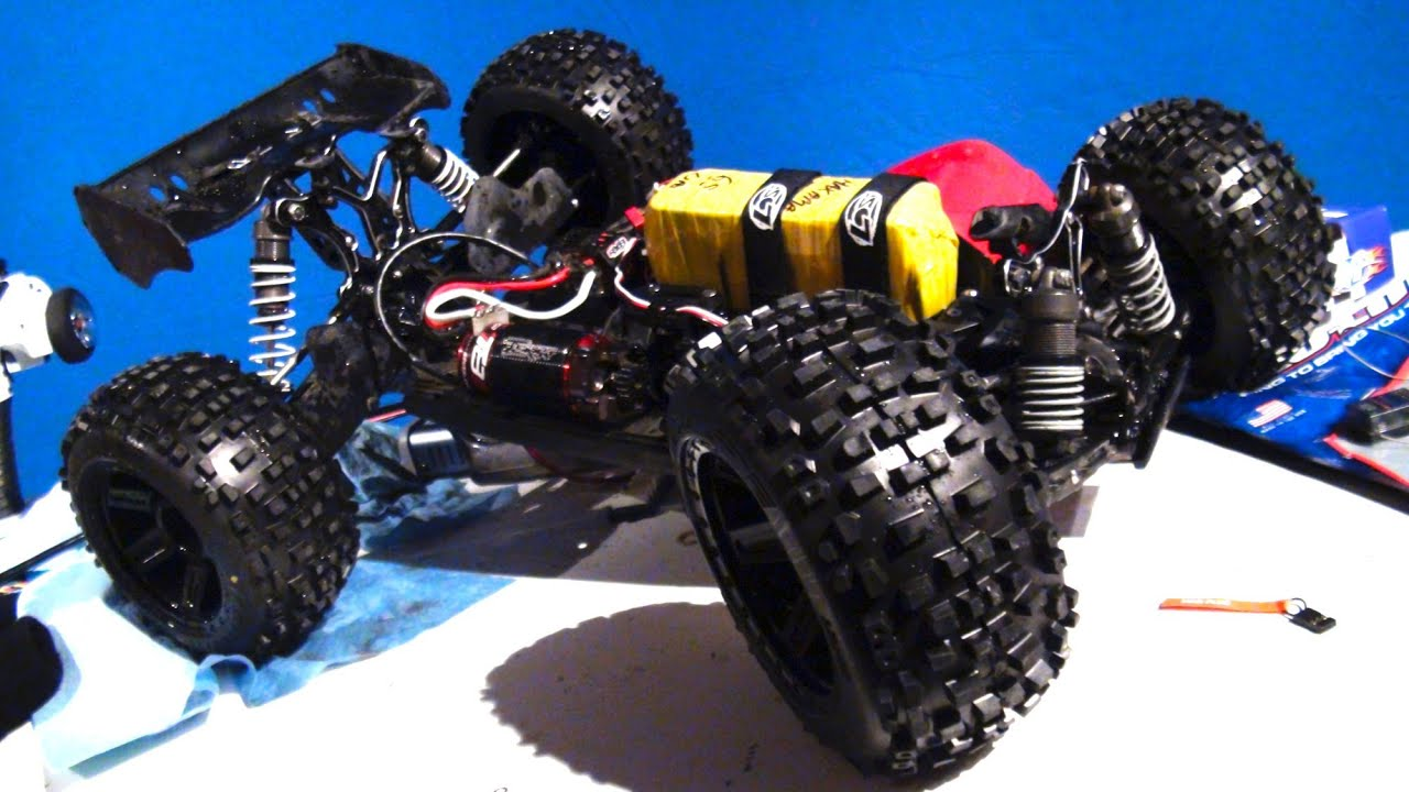 """RC ADVENTURES - Losi 8T w/ Badlands 3.8"""" Tires Mounted on ..."""