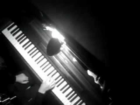 Dimivim: Beethoven Piano Sonata no.8 in C minor, op. 13 'Pathetique'