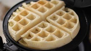 Banh Kep Sua Dac (Condensed Milk Waffles)
