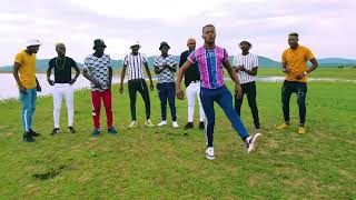 Limpopo Boy and Botswana Dancers dancing during Master KG Tshinada music Video shoot in Botswana