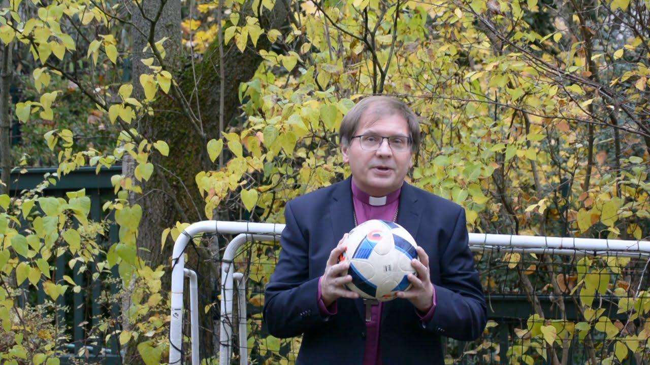 Két püspök videóüzenete a Magyarország-Izland Európa Bajnokság pótselejtezője előtt
