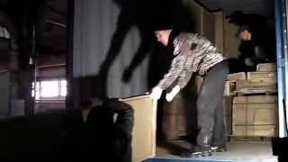 Разгрузка контейнера с мебелью из Китая(China Dom - представительство группы китайских компаний Адрес: г. Красноярск, ул. Партизана Железняка 19 г (офисно..., 2015-10-01T08:37:31.000Z)