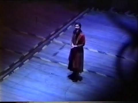 ELISA  - ELLIS ISLAND - 2002