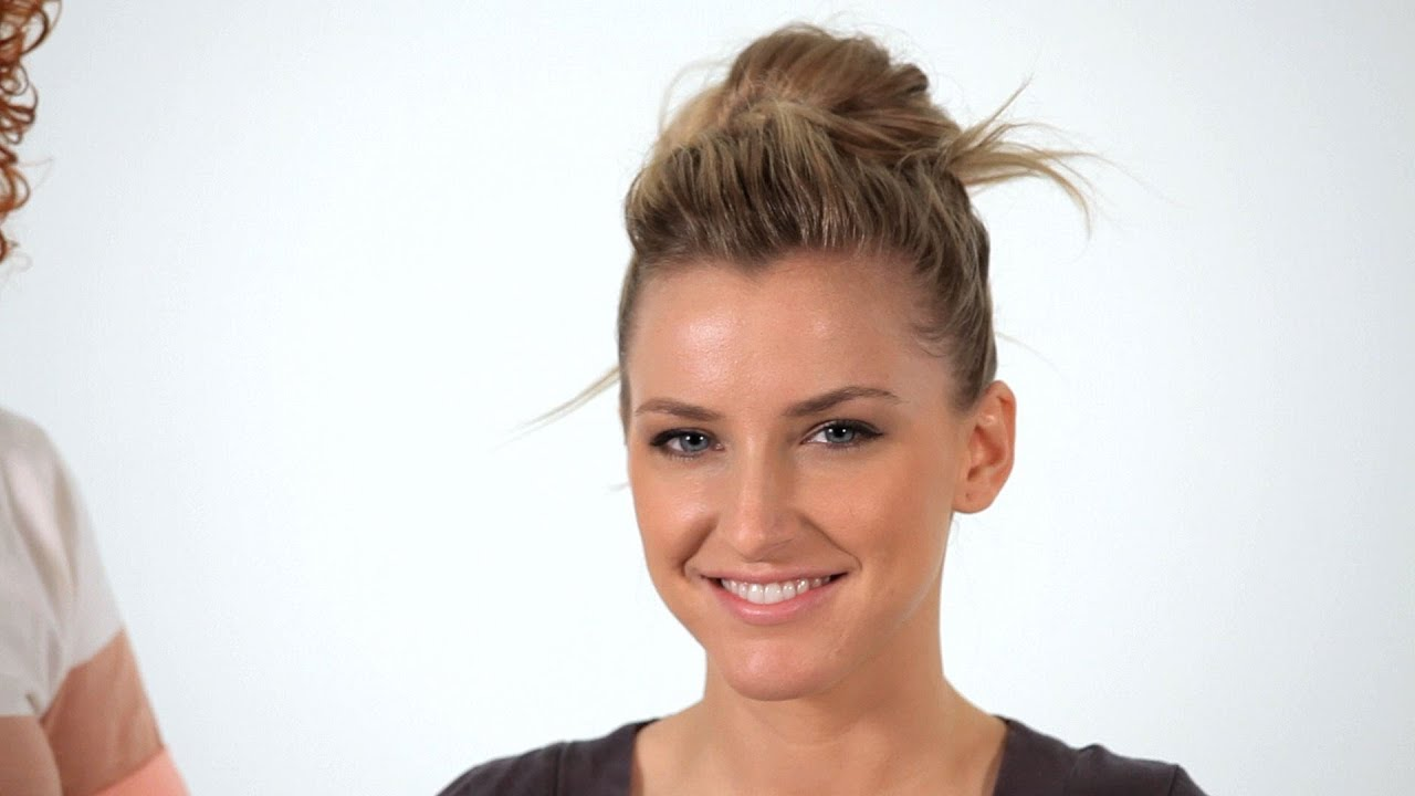 how to make a messy bun hair