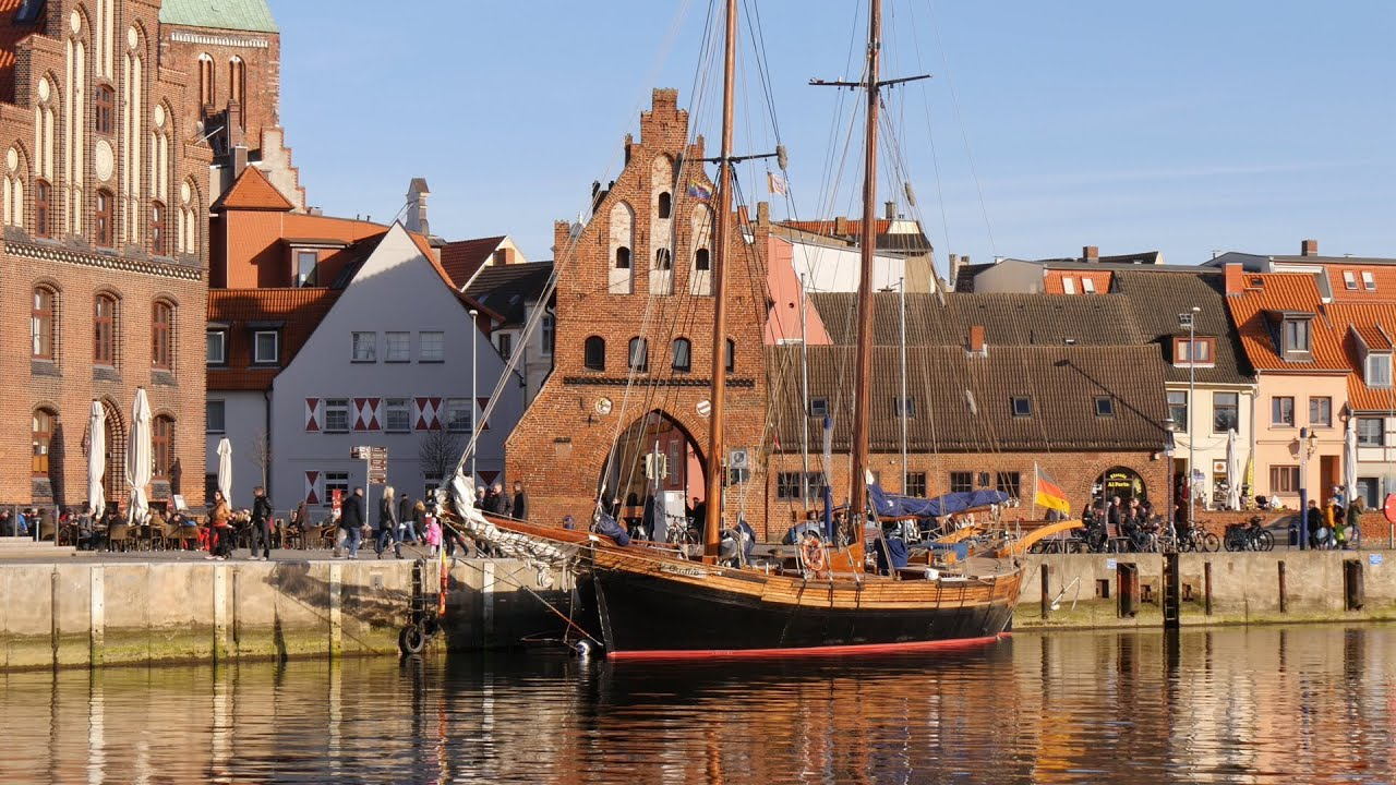 wismar germany alter hafen old harbor qualle. Black Bedroom Furniture Sets. Home Design Ideas