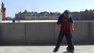 Танец с мячом  Одинокий мужичок за 50