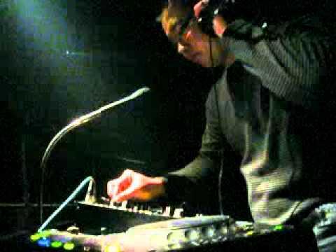 DJ Nicko (Live In M3).flv